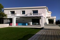 Immagine 1, 2009 - Nice (Fr) - Villa Alba Rosa, Media