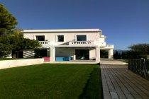 Immagine 3, 2009 - Nice (Fr) - Villa Alba Rosa, Media